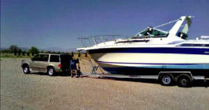 How much does a ski or wakesurf boat weigh? - WakeSurfGuide com